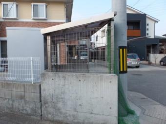 安芸郡坂町 ゴミ置き場屋根 施工例4