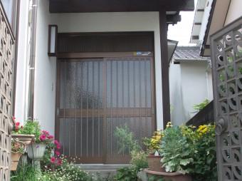 広島県呉市焼山 H様邸 玄関施工例1