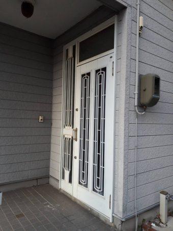 玄関ドア 施工前